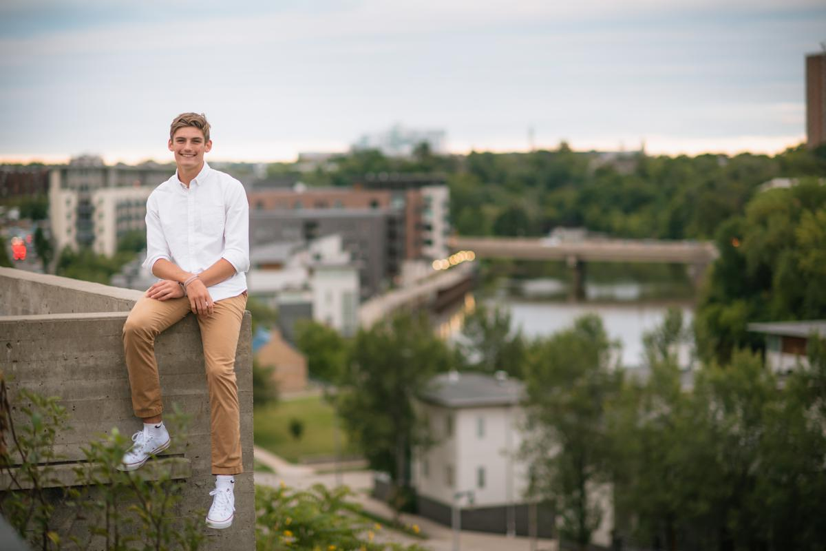 Ethan-Mequon-High-School-13