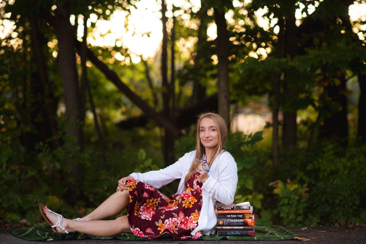 Rachel-Senior-10